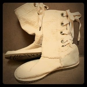 UGG back lace up cream colored boots